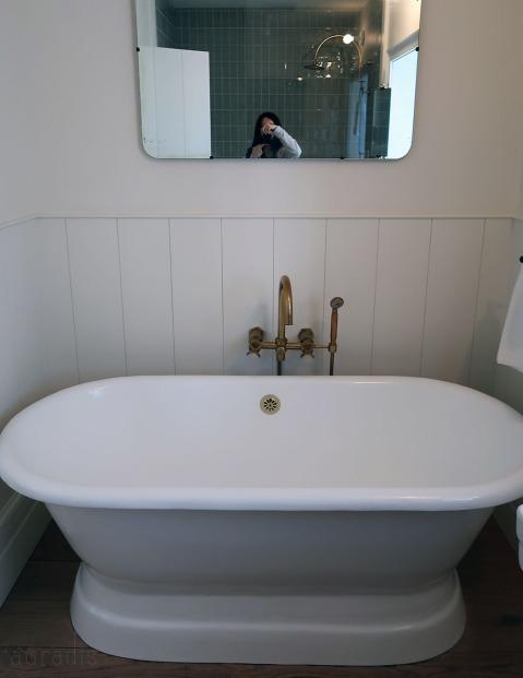 16-bath